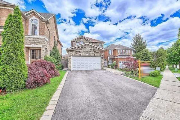 219 Devonsleigh Blvd, Richmond Hill