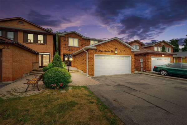 118 Misty Meadow Dr, Vaughan