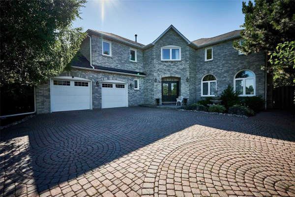 22 Jewetts Crt, Markham