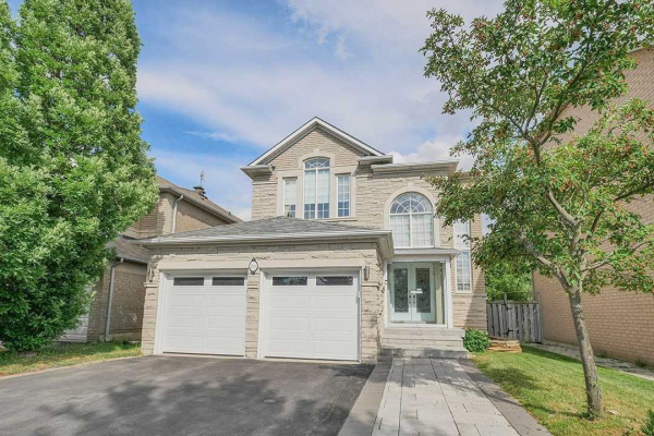 211 Redstone Rd, Richmond Hill