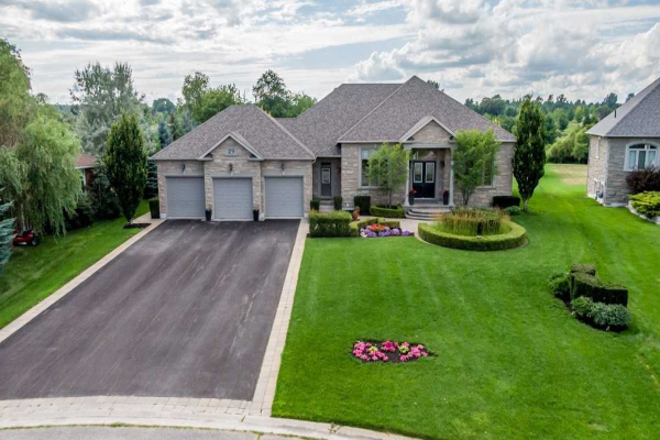 29 Golfview Blvd, Bradford West Gwillimbury