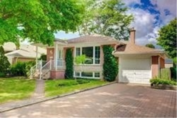 182 Parkston Crt, Richmond Hill