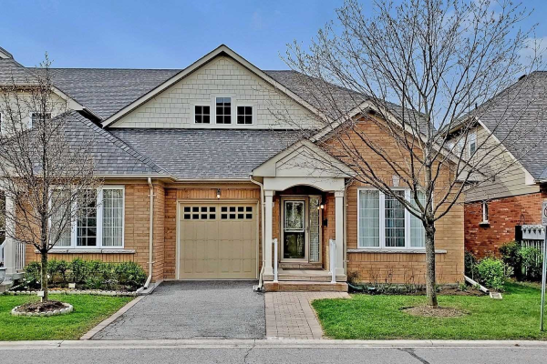 131 Louisbourg Way, Markham