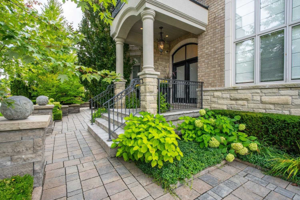 166 Grand Vellore Cres, Vaughan