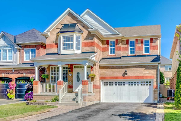 10 Fred Silvester Rd, Whitchurch-Stouffville