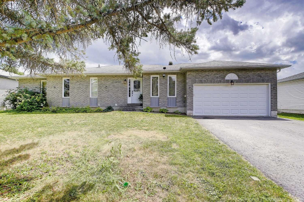 2151 Southview Ave, Innisfil