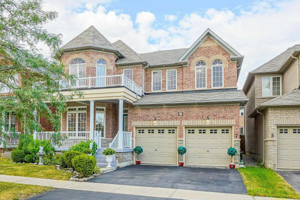 7 Scott Brown St, Markham