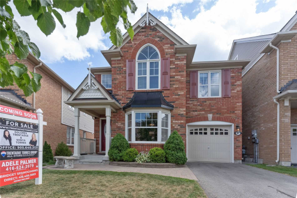 27 Harry Sanders Ave, Whitchurch-Stouffville