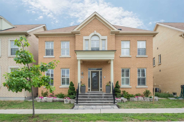 4 Count Crystan Ave, Markham