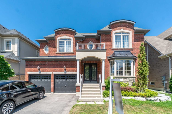 8 Sir Angelo Way, Vaughan