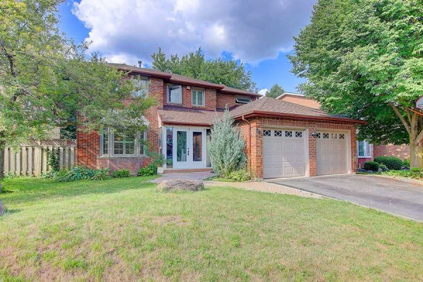38 Tomlin Cres, Richmond Hill
