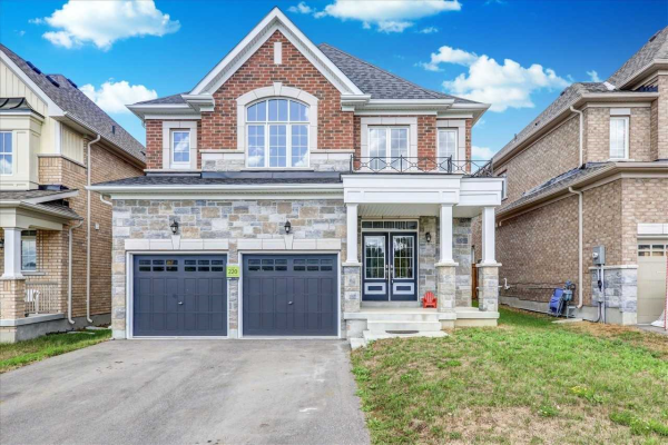 12 Manor Forest Rd, East Gwillimbury