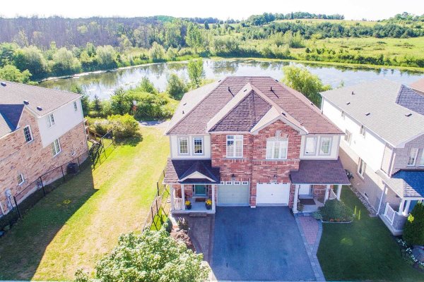 439 Reeves Way Blvd, Whitchurch-Stouffville