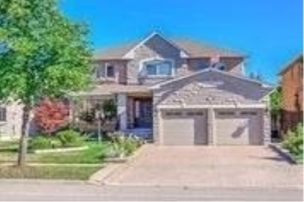 24 Drummond Dr, Vaughan