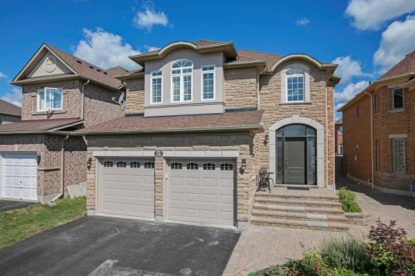 18 Remington Dr, Richmond Hill