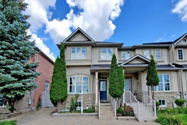 232 Bantry Ave, Richmond Hill