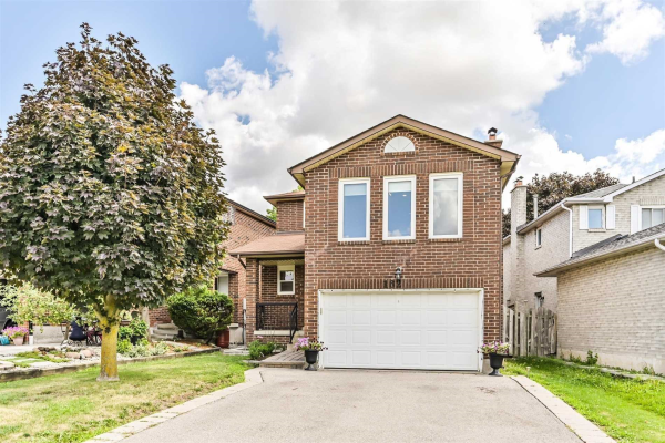 162 Don Head Village Blvd, Richmond Hill