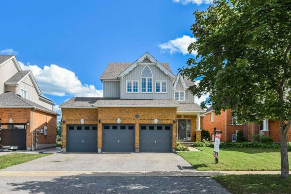 1127 Booth Ave, Innisfil