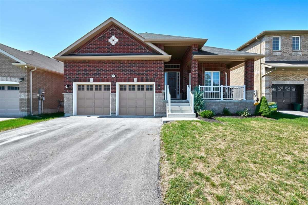 2246 Webster Blvd, Innisfil