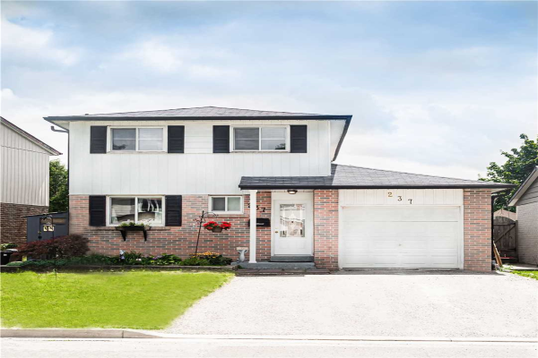 237 Thoms Cres, Newmarket