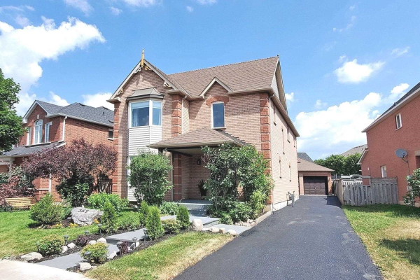357 Hoover Park Dr, Whitchurch-Stouffville