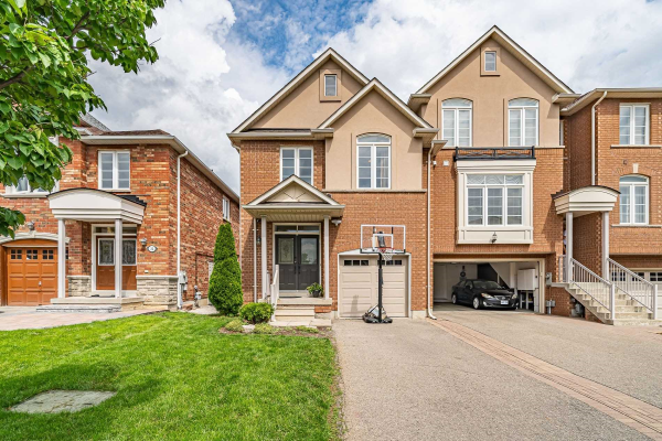 20 Honeywood Rd, Vaughan