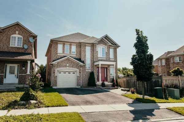 41 Ravineview Dr, Vaughan