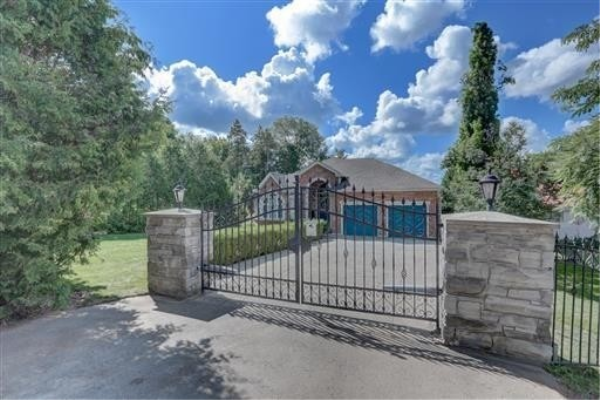 109 Cedarvale Blvd, Whitchurch-Stouffville