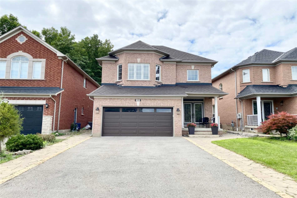 141 Amy Wood Rd, Vaughan