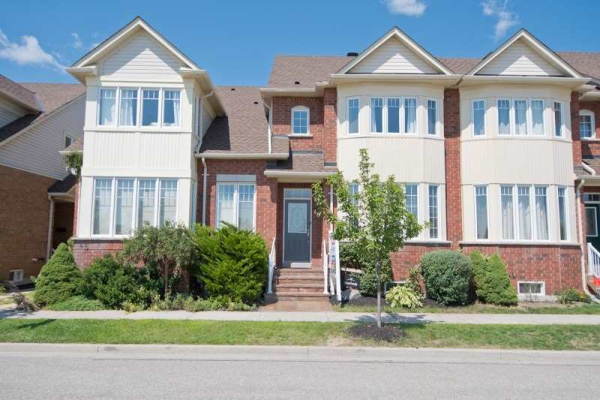 48 Riverlands Ave, Markham