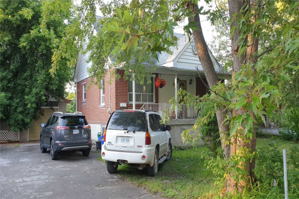369 Crosby Ave, Richmond Hill