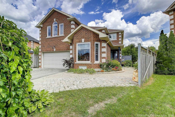 49 Fairfax Crt, Vaughan