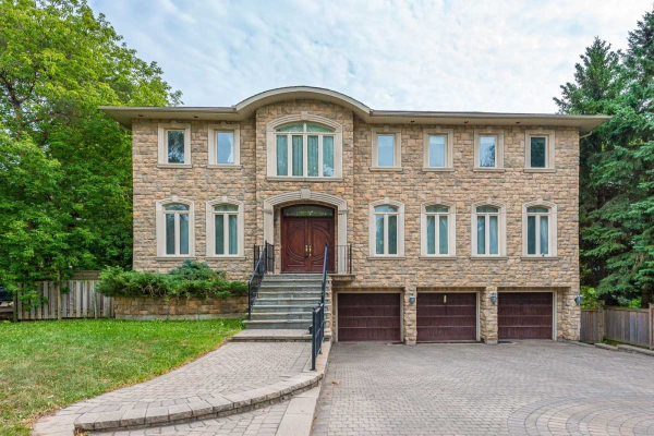 133 Garden Ave, Richmond Hill