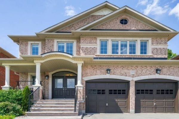 209 Via Teodoro Way, Vaughan