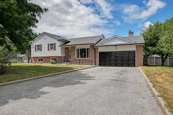 5 Valley Mills Rd, East Gwillimbury