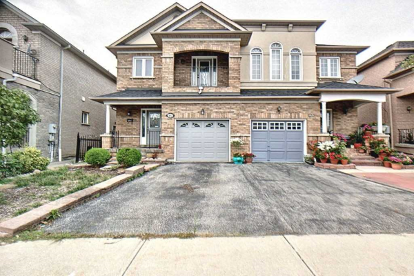 102 Blue Willow Dr, Vaughan