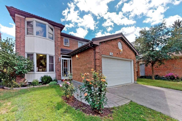 214 Stephen St, Richmond Hill