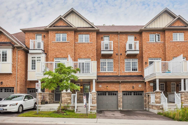 130 Roy Grove Way, Markham