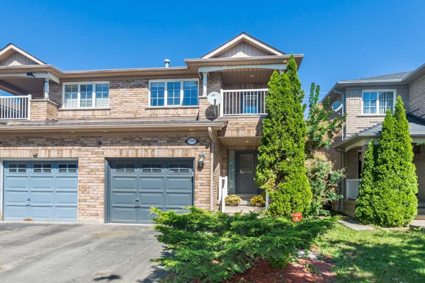 136 Royal Appian Cres, Vaughan