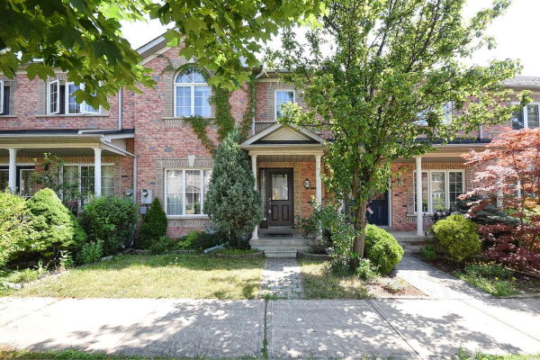 83 Forest Run Blvd, Vaughan