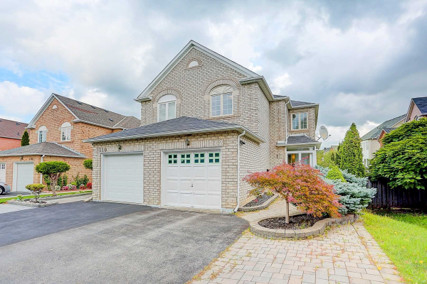 112 Formosa Dr, Richmond Hill