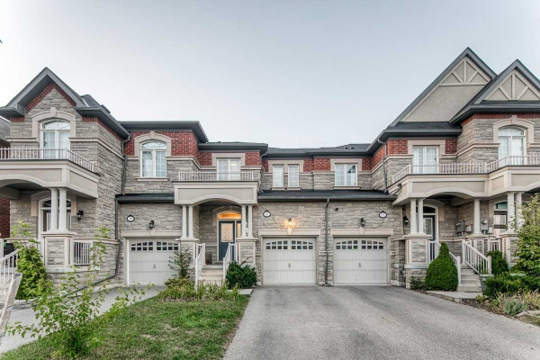 81 Spruce Pine Cres, Vaughan