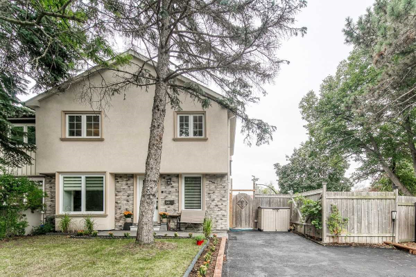 249 Weldrick Rd, Richmond Hill