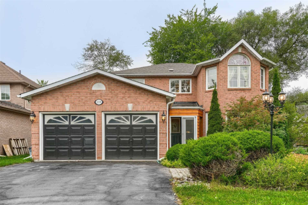 220 Olde Bayview Ave, Richmond Hill