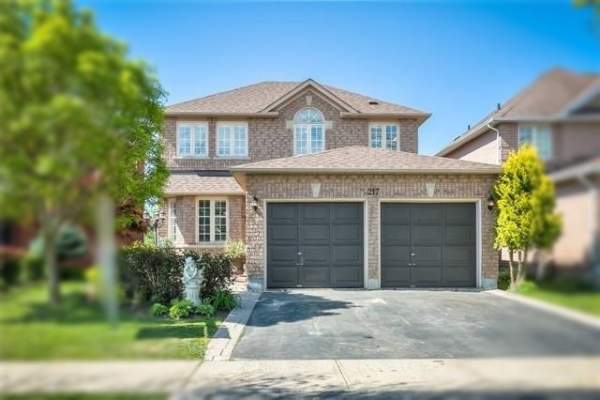 217 Humberland Dr, Richmond Hill