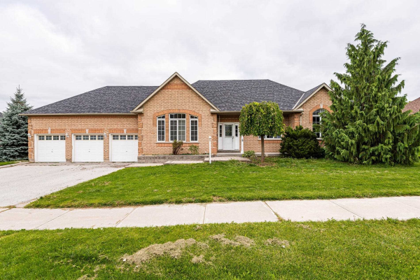 58 Colonel Wayling Blvd, East Gwillimbury