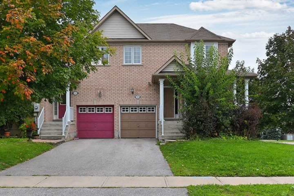 331 Spruce Grove Cres, Newmarket