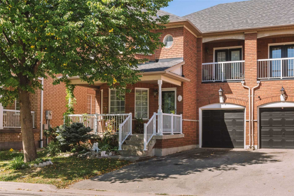 16 Bluewater Tr, Vaughan