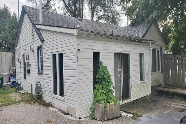 249 Cedarholme Ave, Georgina