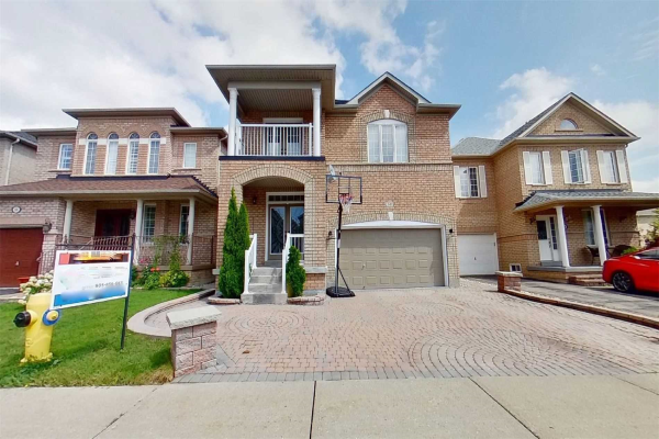 140 Fox Hound Cres, Vaughan